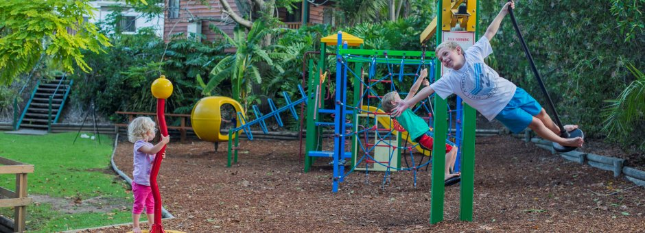 kids_holiday_playground_palms_avocadsc_9877.jpg